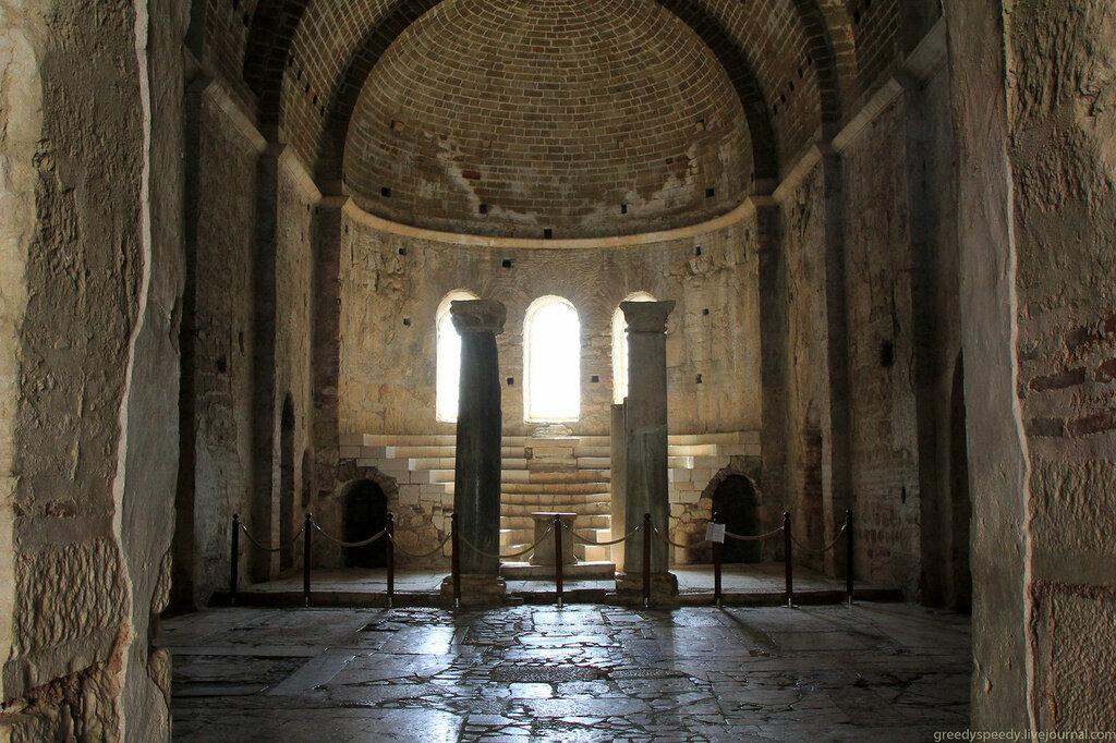 Церковь святого Николая Чудотворца в Демре(Мира Ликийская)