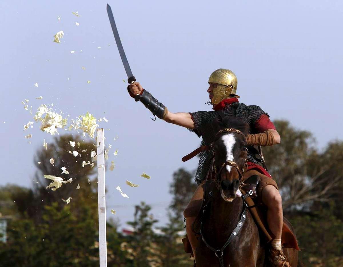 Легионеры армии Древнего Рима: Современный вариант попытки захвата острова Мальта (6)