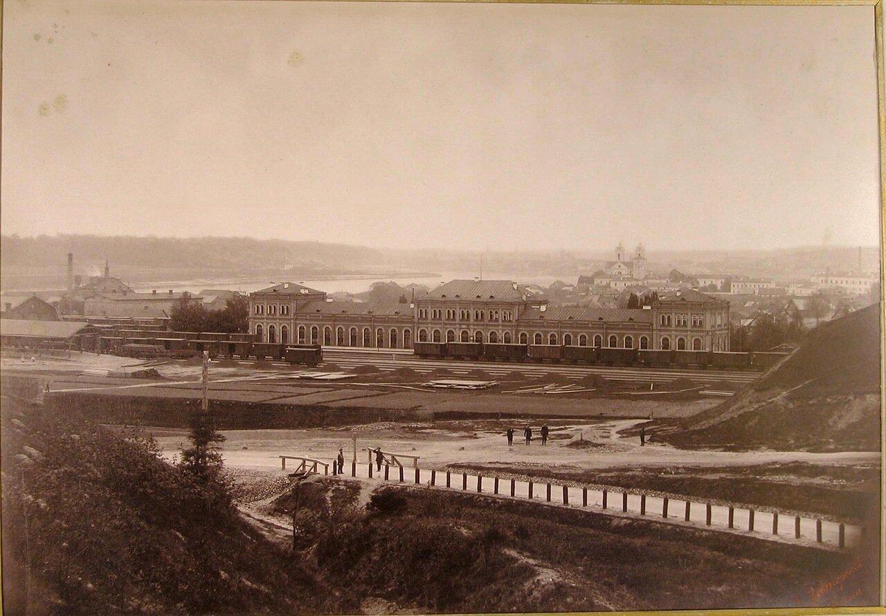 19. Вид здания железнодорожного вокзала