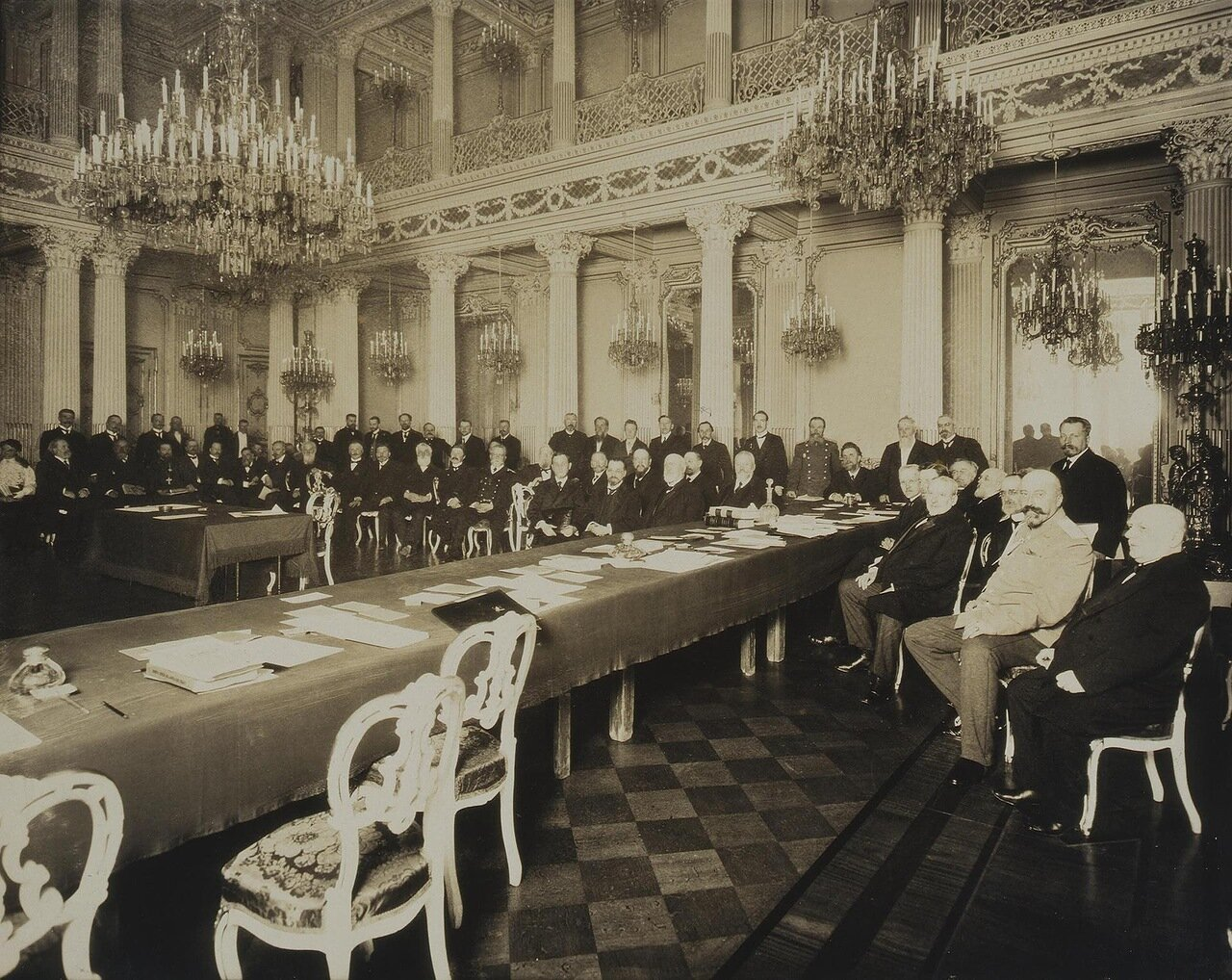Заседание Императорского Русского исторического общества в Ново-Михайловском дворце