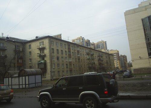 Варшавская ул. 21