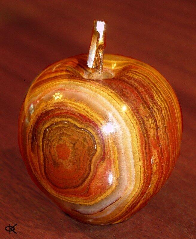 Райское яблоко.
