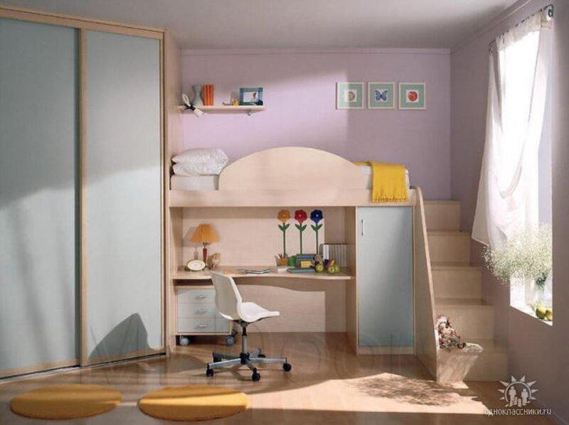 Детскую игровую мебель еще