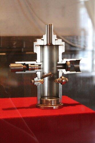 Экспериментальный жидкостный ракетный двигатель ОРМ