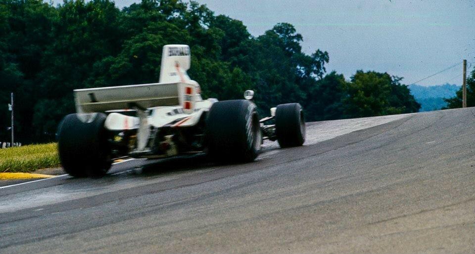 Redman Mid Ohio 1976 Lola T332C.jpg