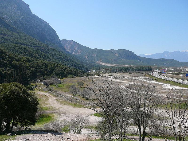 800px-Thermopylae_ancient_coastline_large.jpg