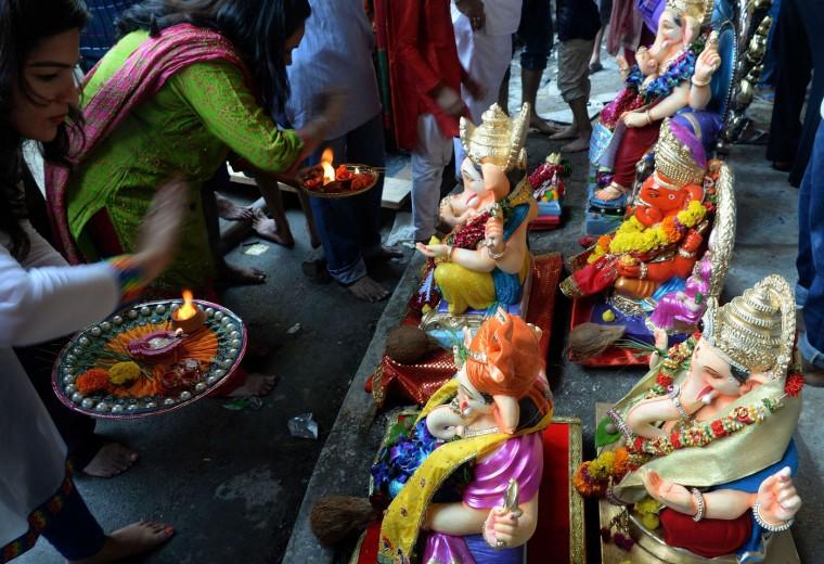В Индии празднуют День рождения Ганеша 0 1454be 4ed6ef16 orig