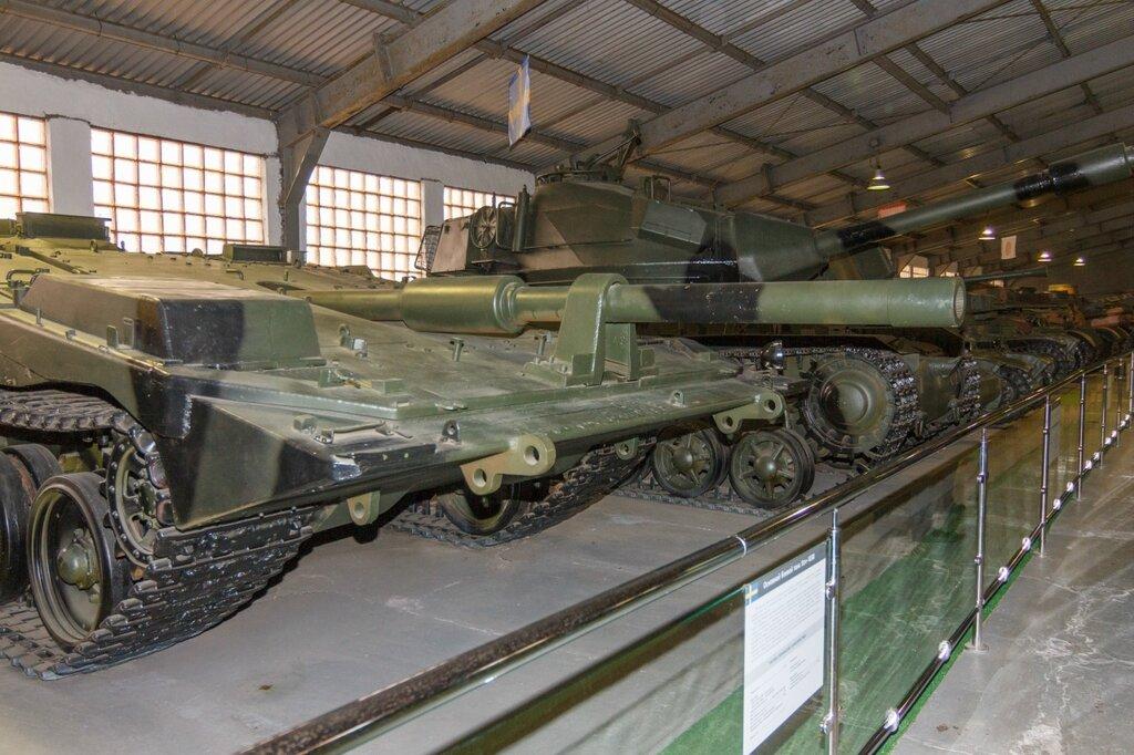 Шведский безбашенный танк Stridsvagn -103, Кубинка