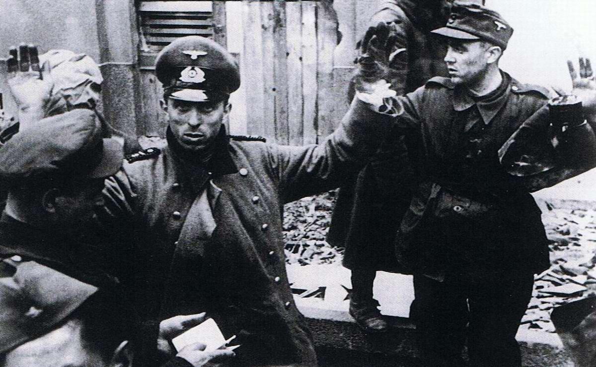 Падение Берлина на фотографиях весны 1945 года (19)