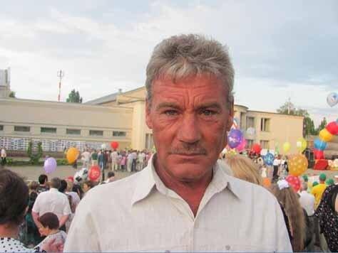 Сергей Альбертович Мячкин - главный газонокосильщик Красной Яруги