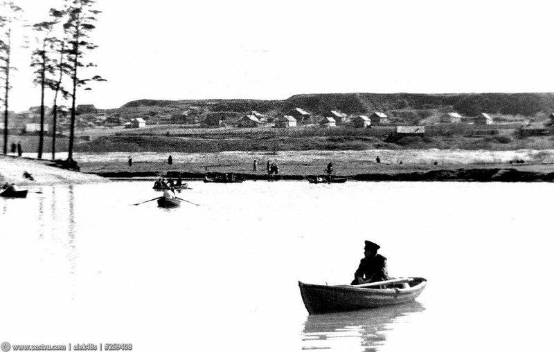 Озеро Бездонное в Серебряном бору 4.jpg