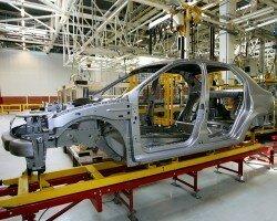 На 40% снизилось производство автомобилей в России