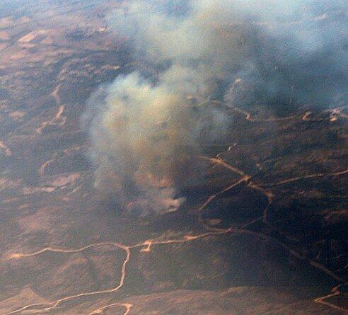 Сардиния. Природный пожар. Вид с самолета.