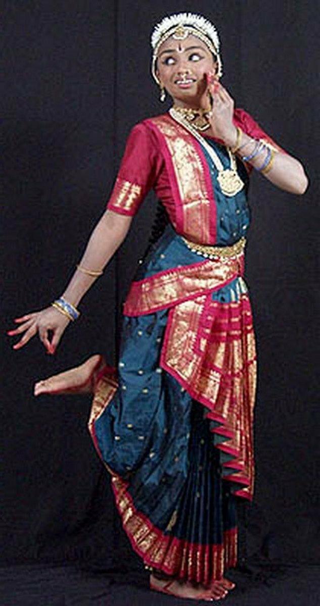 Гопи танцует для Кришны