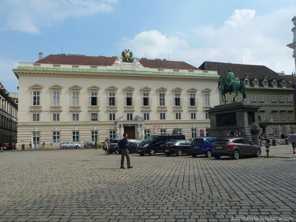 Дворец Паллавичини.