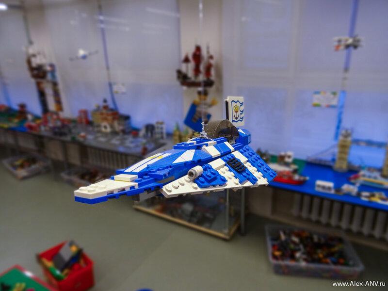Это тоже что-то самолётное из вселенной Star Wars