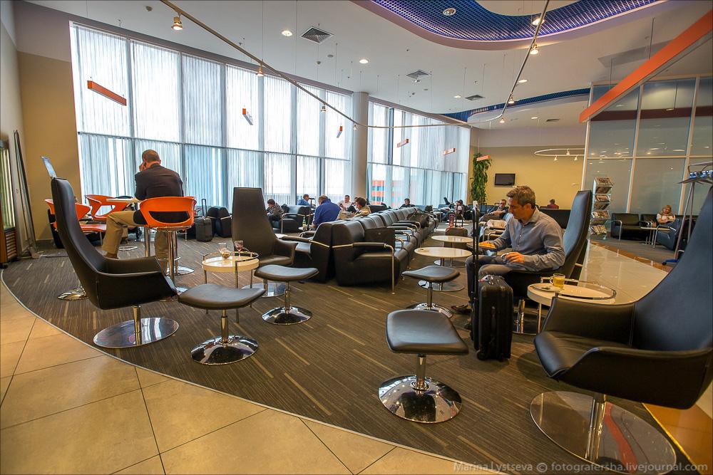 терминал F бизнес-зал Galaxy