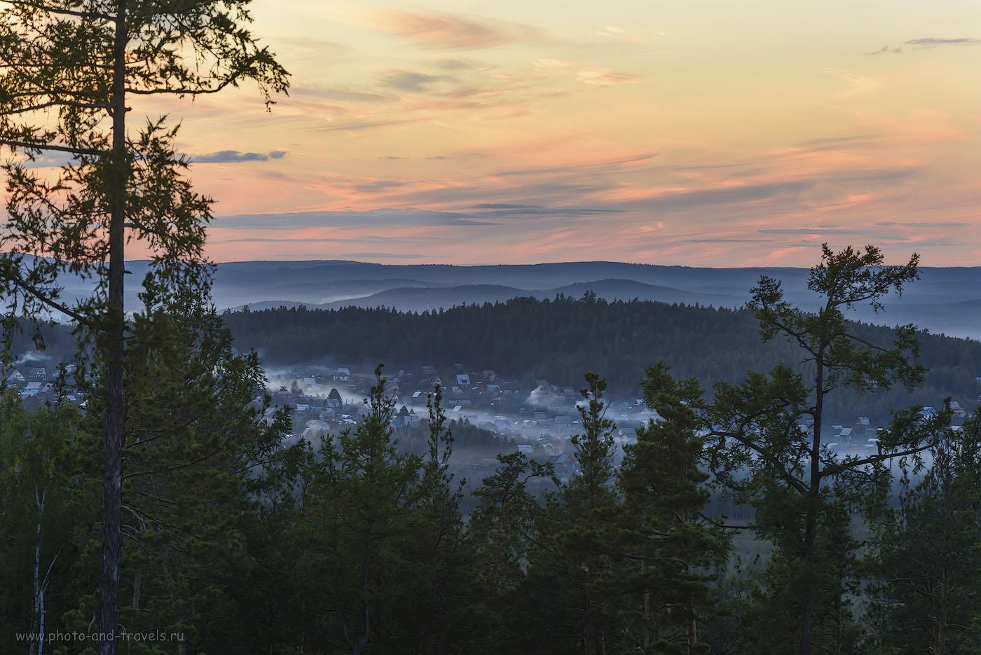 8. Такой пейзаж открывается со скал Петра Гронского. Наверное, на рассвете здесь еще красивее...