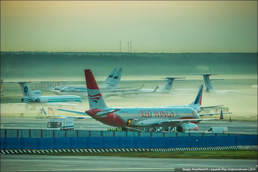 Рассвет и самолеты