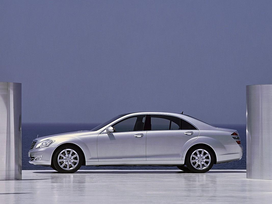 Mercedes-Benz-S500