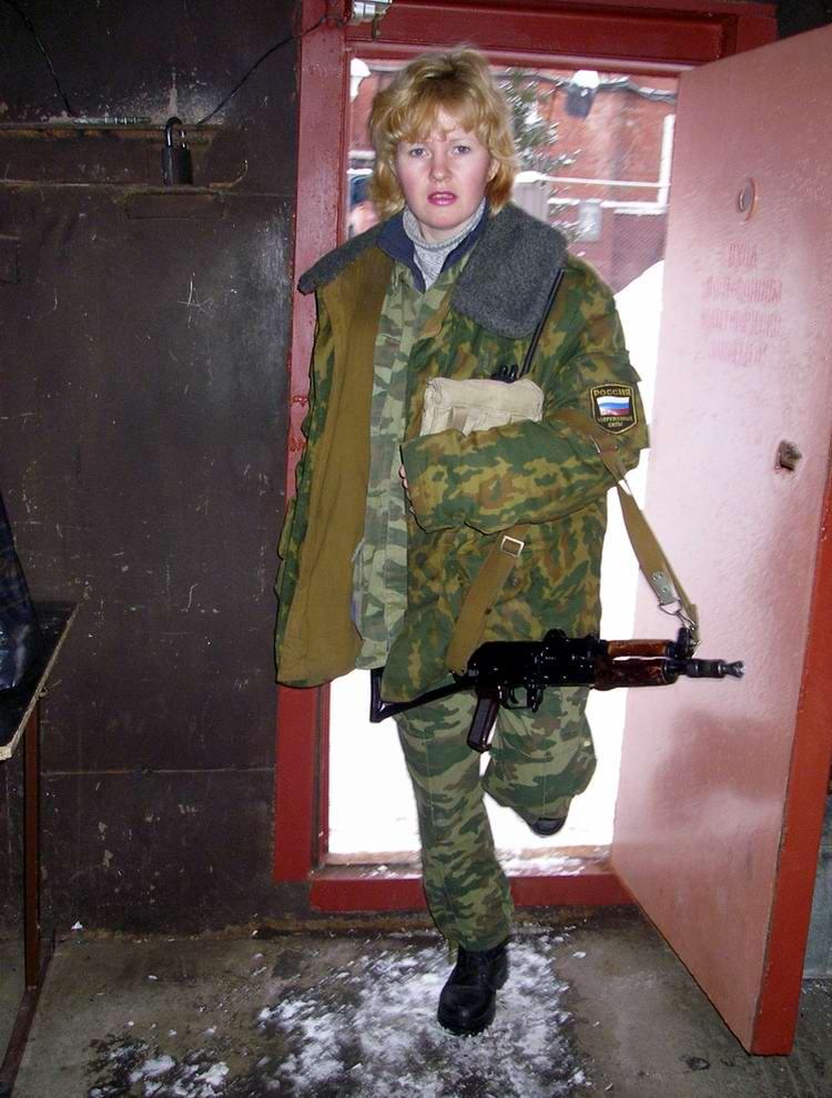 Будни сотрудниц службы охраны одного из следственных изоляторов ФСИН (1)