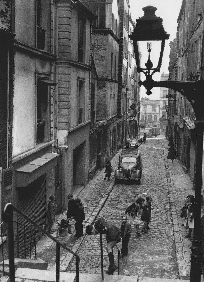 1953. Менильмонтан