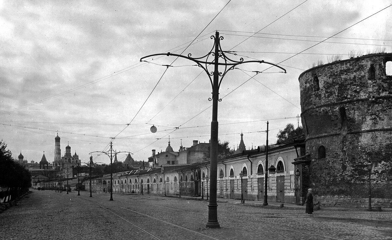 1918. Москворецкая набережная. Вид от Китайского проезда