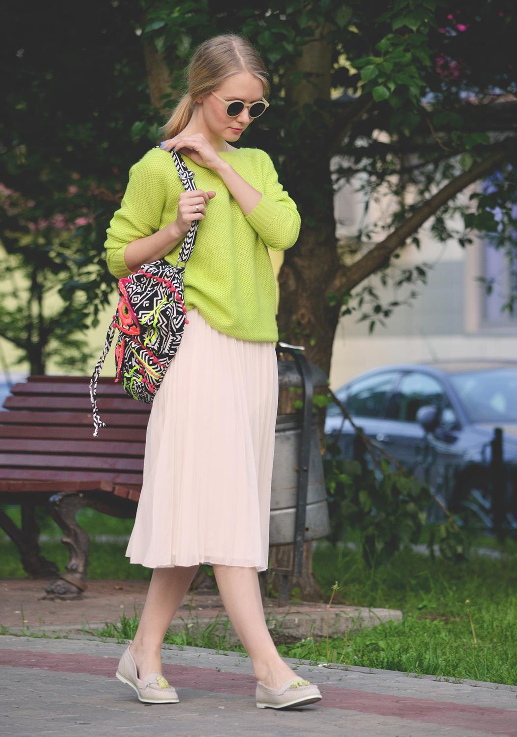 inspiration, streetstyle, spring outfit, moscow fashion week, annamidday, top fashion blogger, top russian fashion blogger, фэшн блогер, русский блогер, известный блогер, топовый блогер, russian bloger, top russian blogger, streetfashion, russian fashion blogger, blogger, fashion, style, fashionista, модный блогер, российский блогер, ТОП блогер, ootd, lookoftheday, look, популярный блогер, российский модный блогер, russian girl, с чем носить миди-юбку, как одеться весной, модные весенние аксессуары, миди юбка, красивая девушка, русская девушка