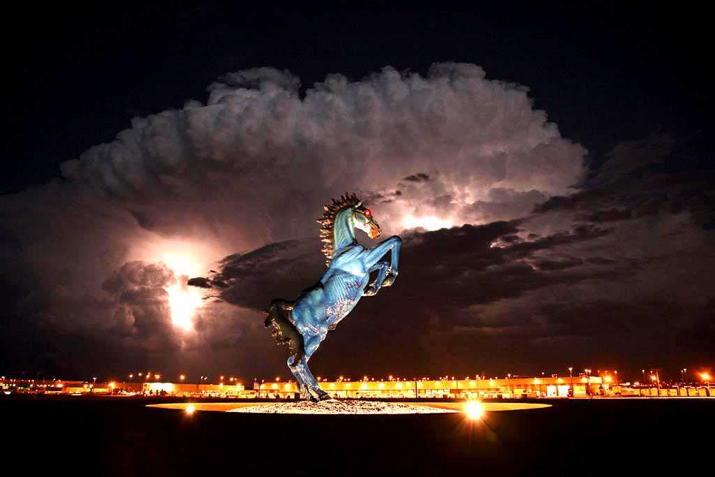 denver-airport-blue-mustang.jpg