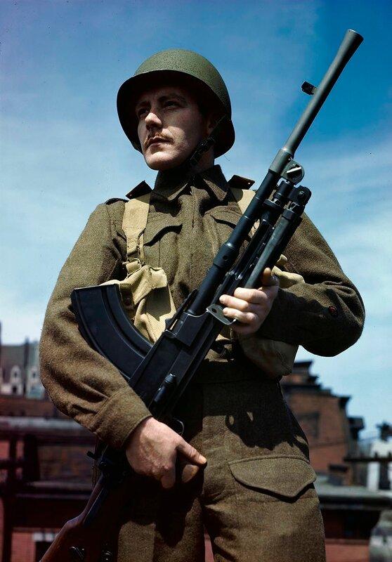 Canadian with Bren light machine gun