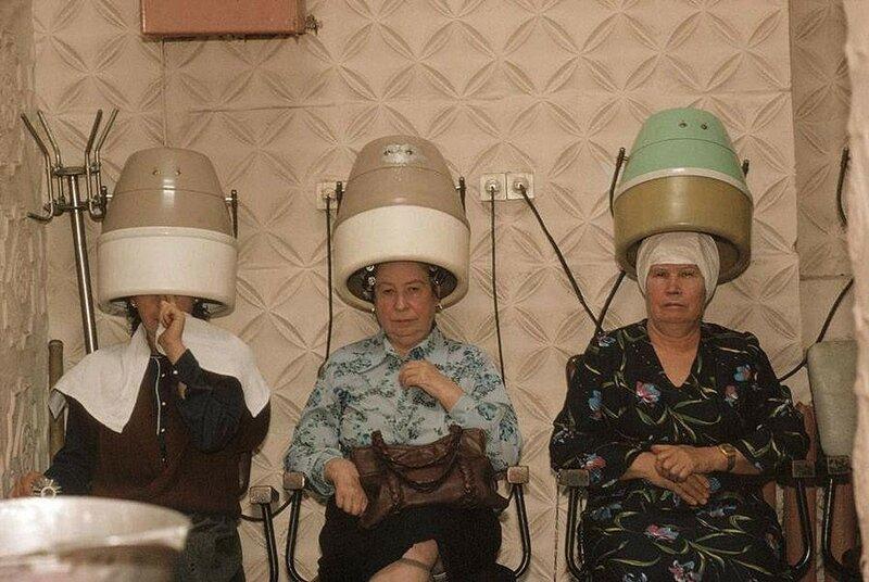 Черновцы. Парикмахерская. 1988 год.