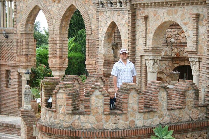 Benalmadena, Castillo Colomares