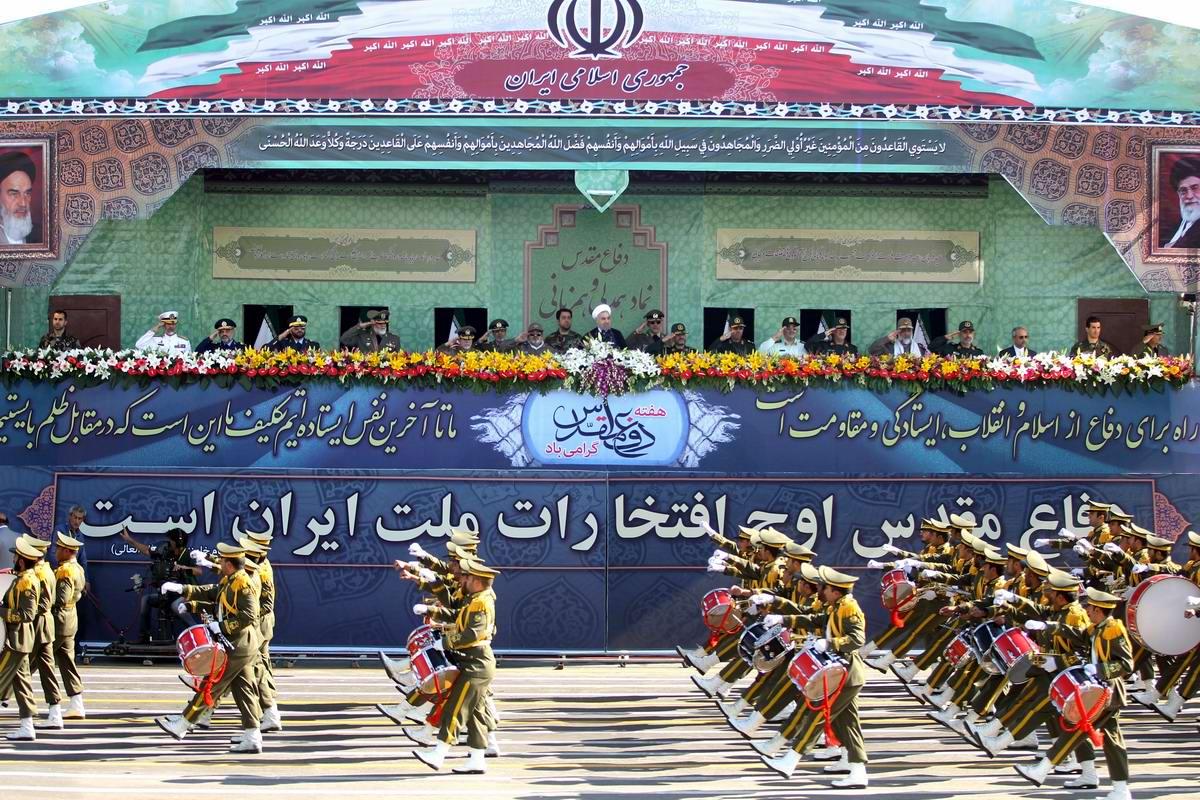 К 35-летию с момента начала ирано-иракской войны: Военный парад в Тегеране (2)