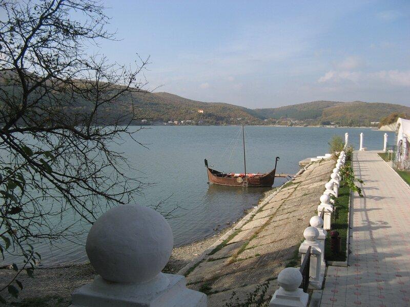 Озеро Абрау -Дерсо