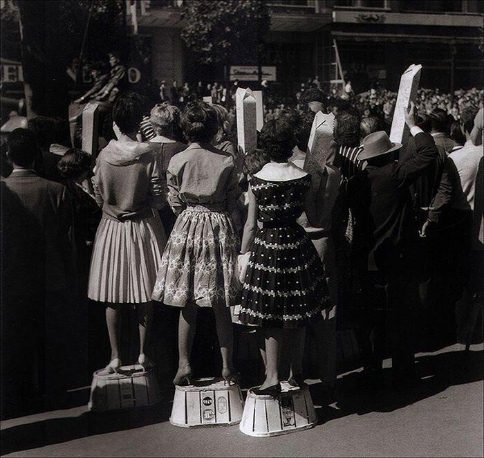 1957. Елизавета ll прибыла в Париж