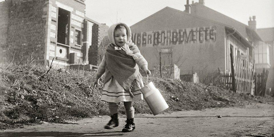 1946. Поход за молоком