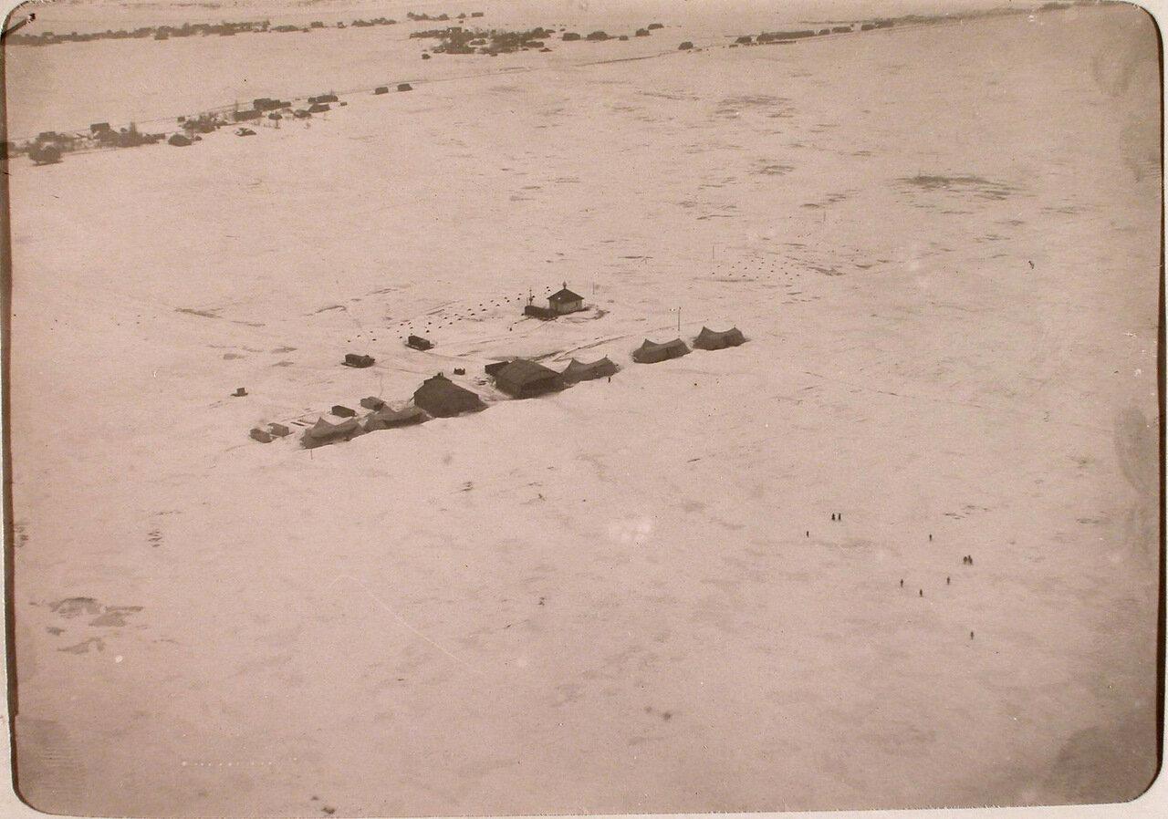 29. Вид аэродрома роты зимой (вид с самолёта)