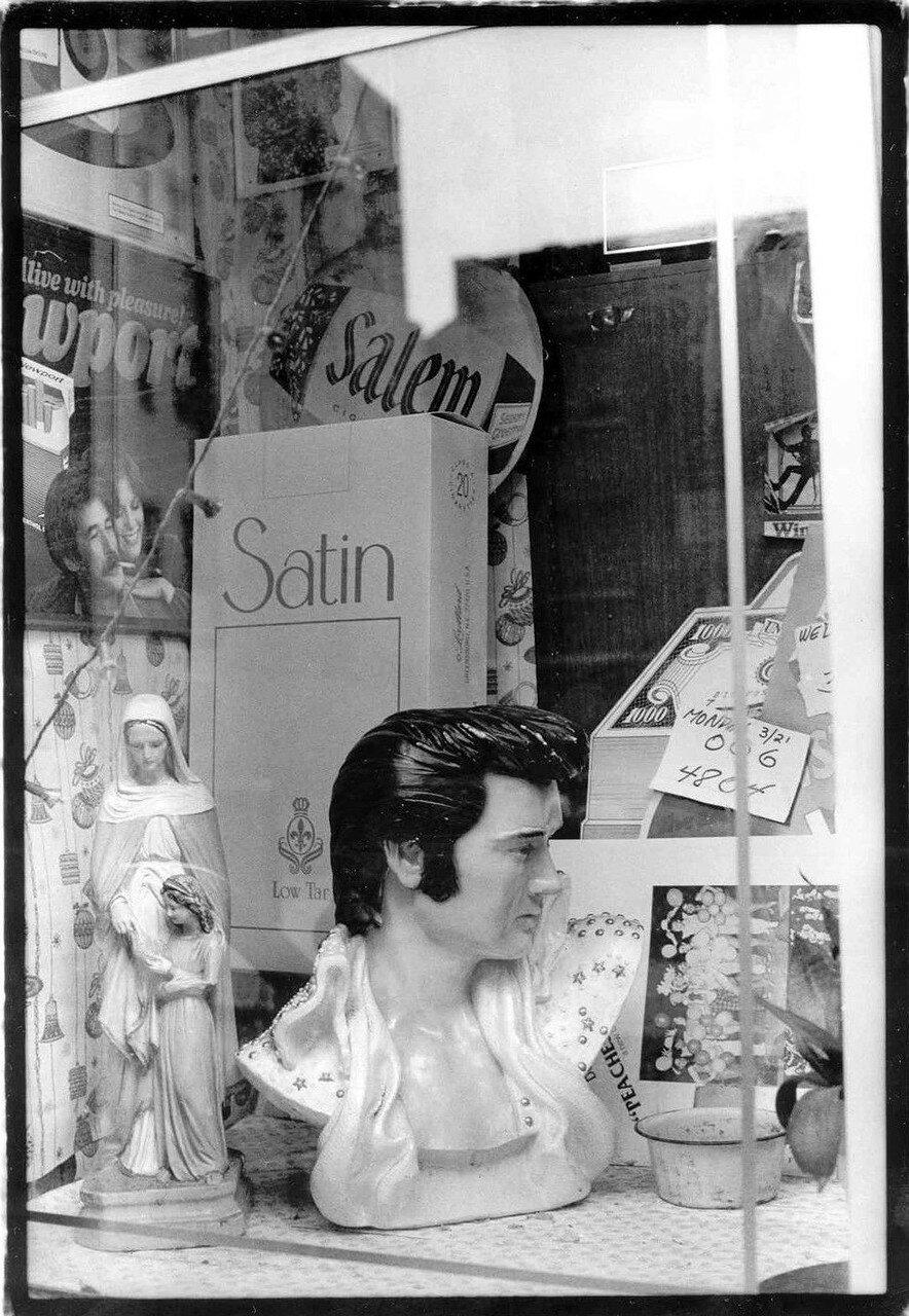 1983. Элвис Пресли. Рекомендуем в магазине Венди. Бруклин
