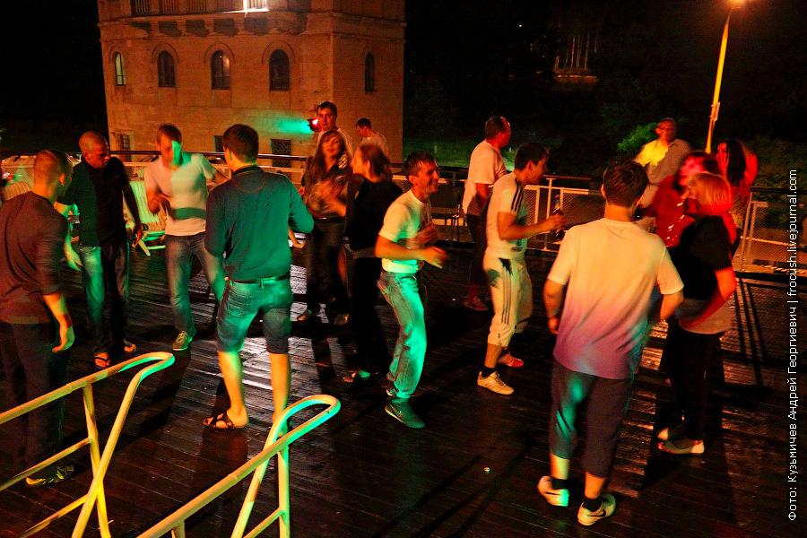 ночная дискотека в солярии на шлюпочной палубе