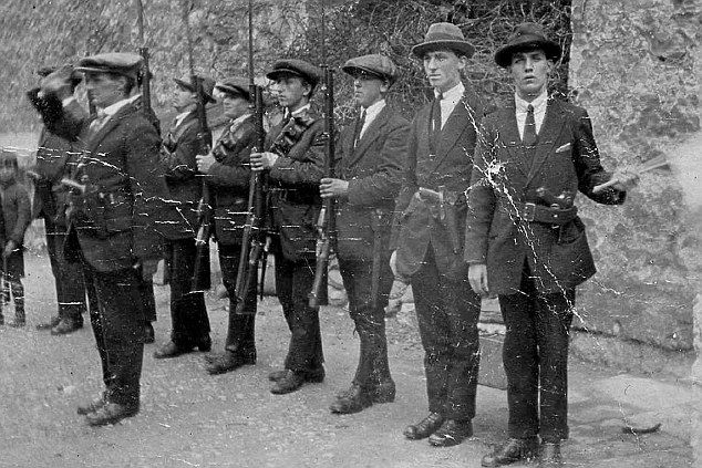 a history of the irish republican army The provisional irish republican army (pira) was formed in 1969 as the clandestine armed wing of sinn fein, a legal political movement dedicated to removing british.