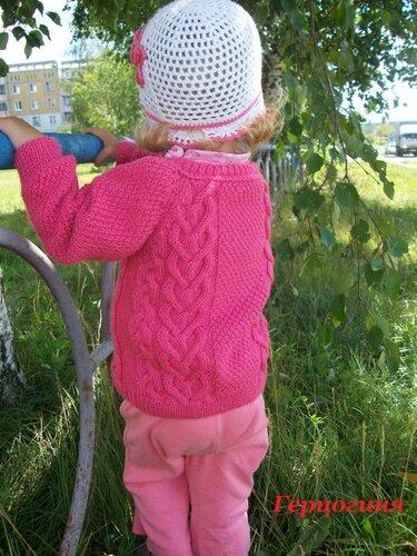 спицами кофта для девочки 3-х лет. кофта крючком девочке. вязаные.