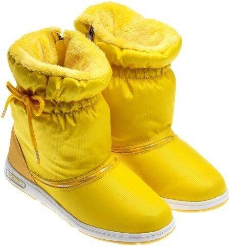 adidas NEO представляет новую коллекцию яркой стильной одежды, обуви, и аксессуаров