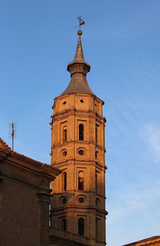 Сарагоса. Церковь Святого Иоанна (Iglesia de San Juan de los Panetes). Колокольня