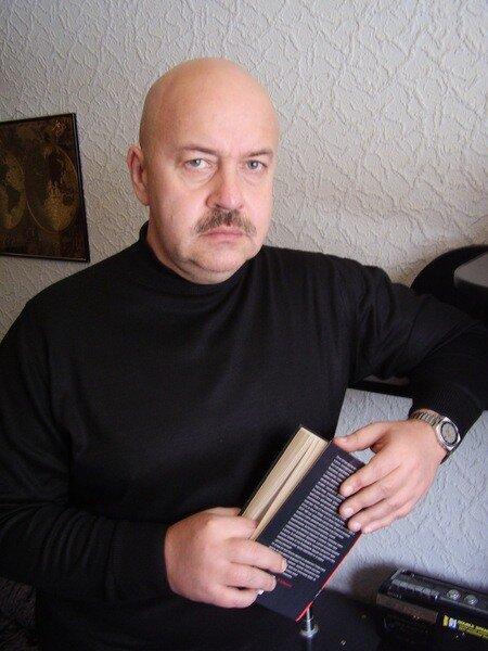 писатель, критик Александр Александрович Кузьменков, г. Братск.