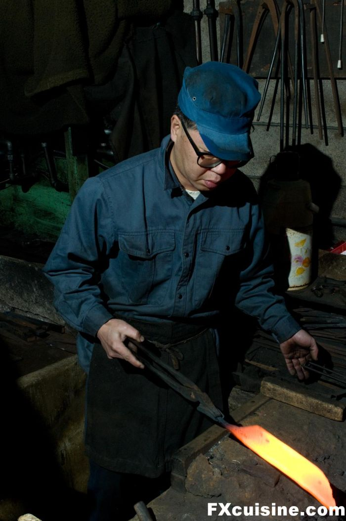 Как в Японии делают ножи