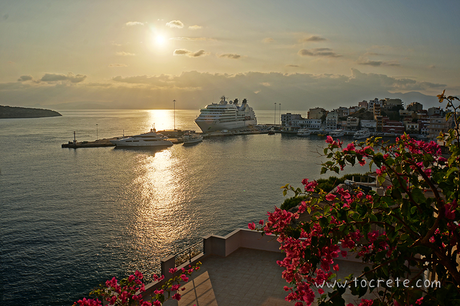 Утренний Агиос Николаос | Agios Nikolaos in the morning