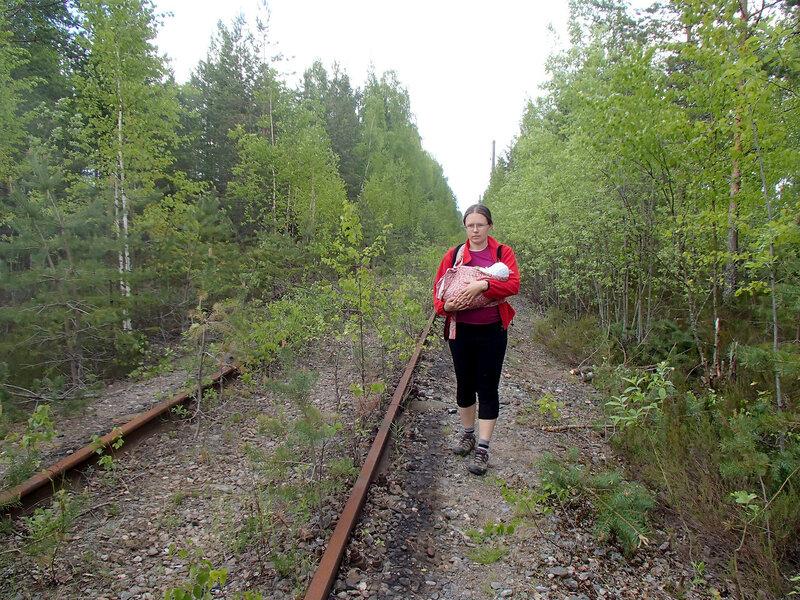 по заброшенной семиозерской железной дороге