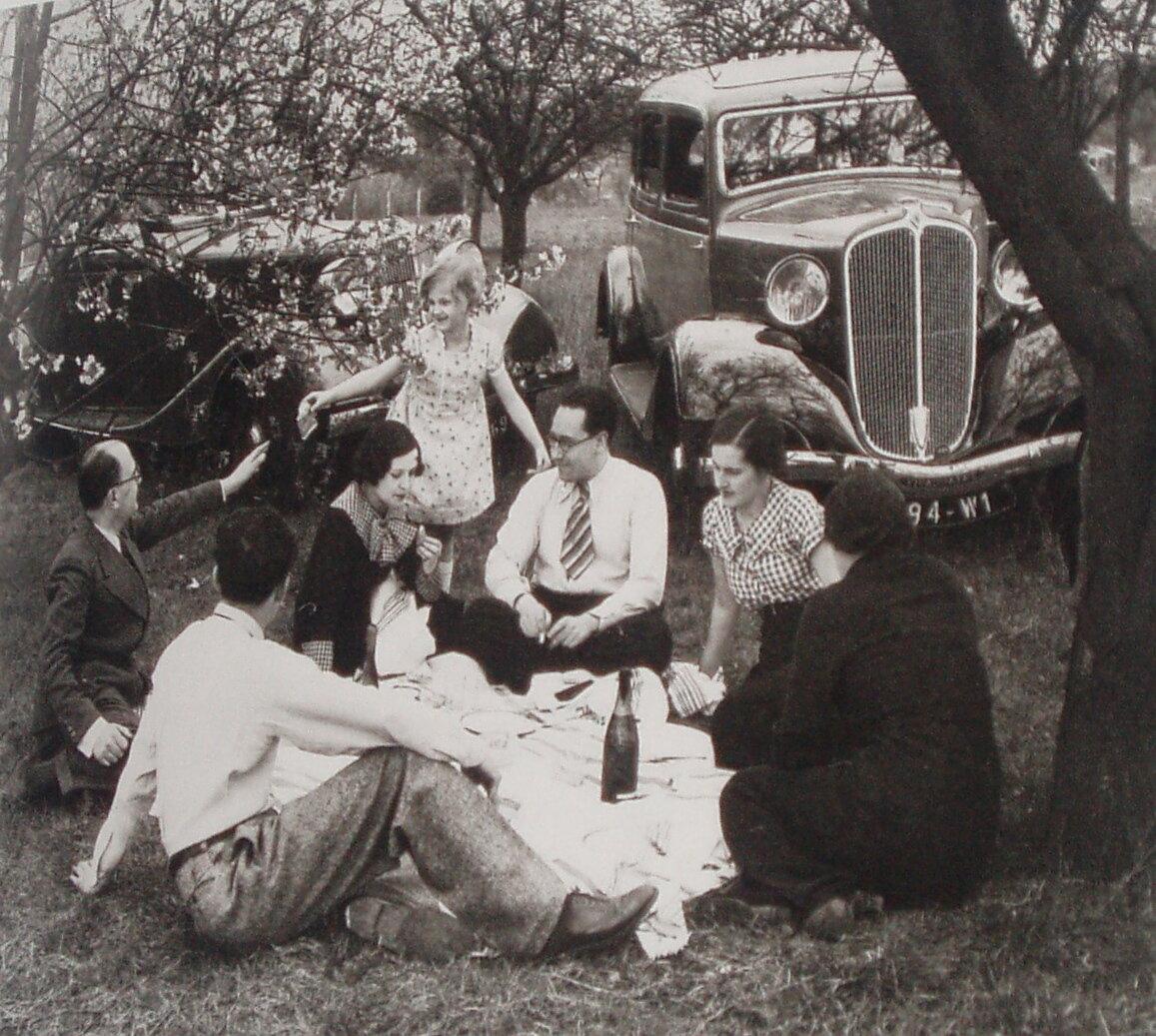 1936. Завтрак на траве (Реклама Рено)