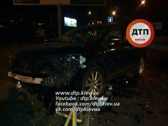 Масштабное ДТП на Подоле в Киеве: пьяный водитель разбил четыре автомобиля. ФОТОрепортаж