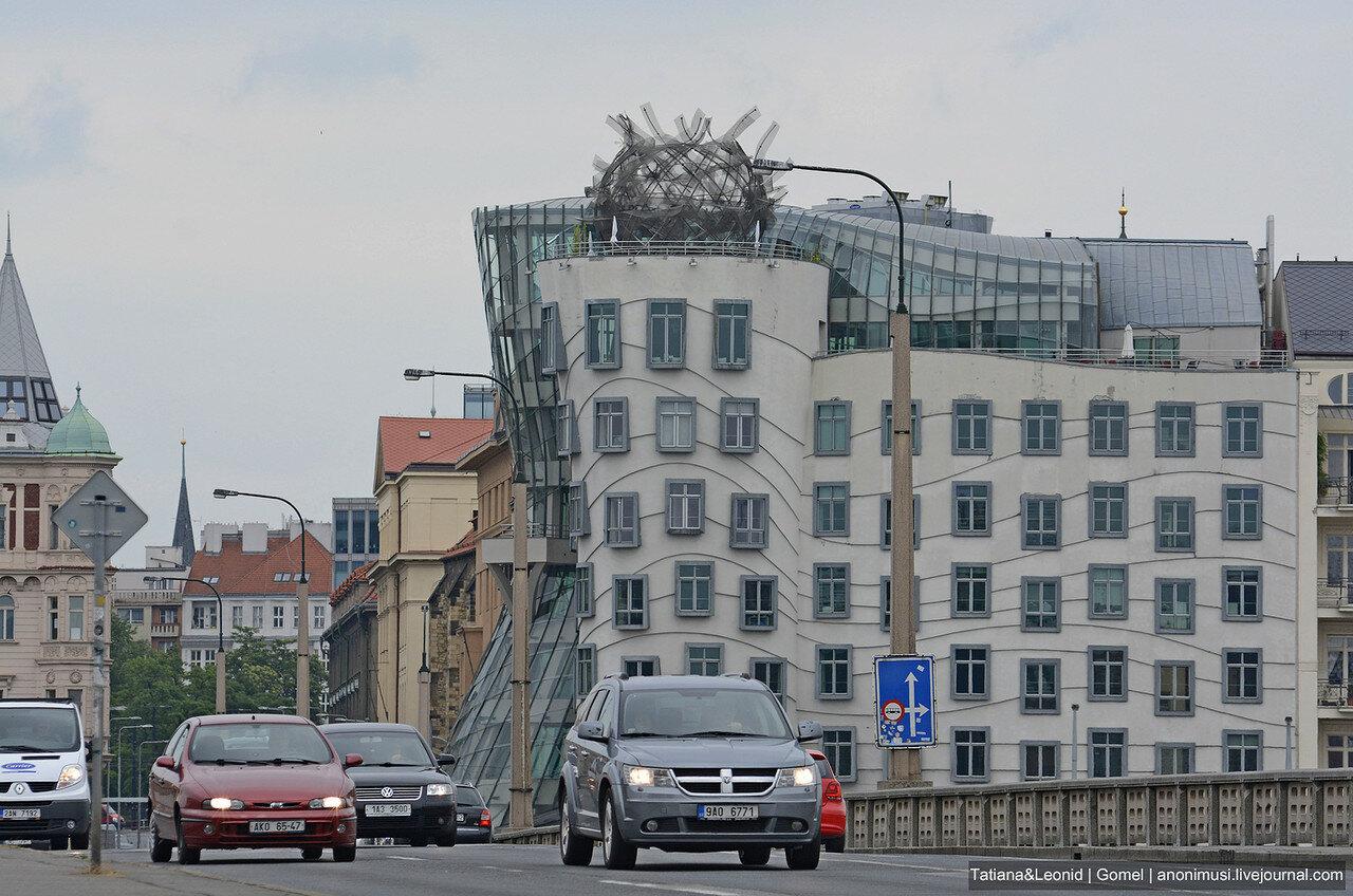 Танцующий дом (Tančící dům). Прага